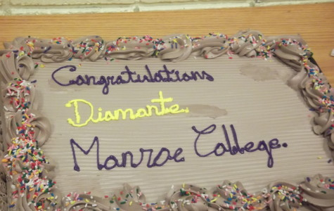 Diamonte Signs with Monroe