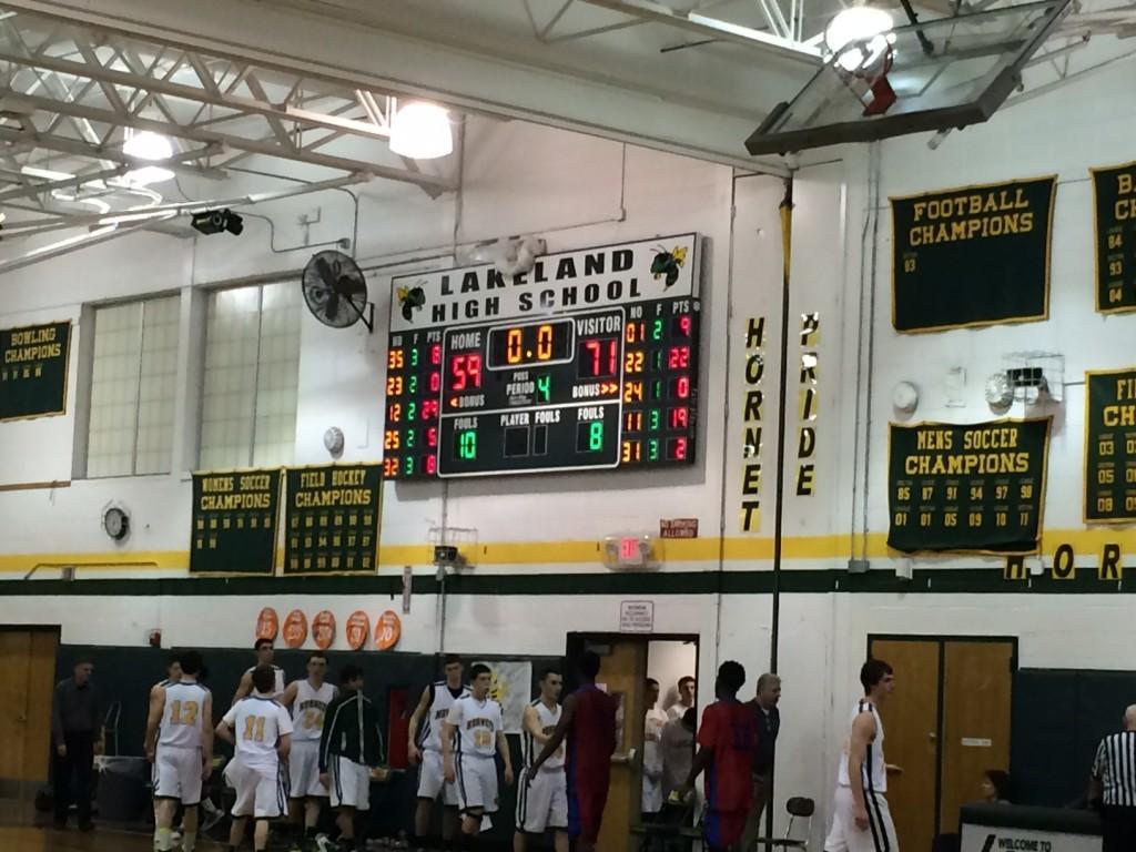 Varsity Boys Beat Lakeland